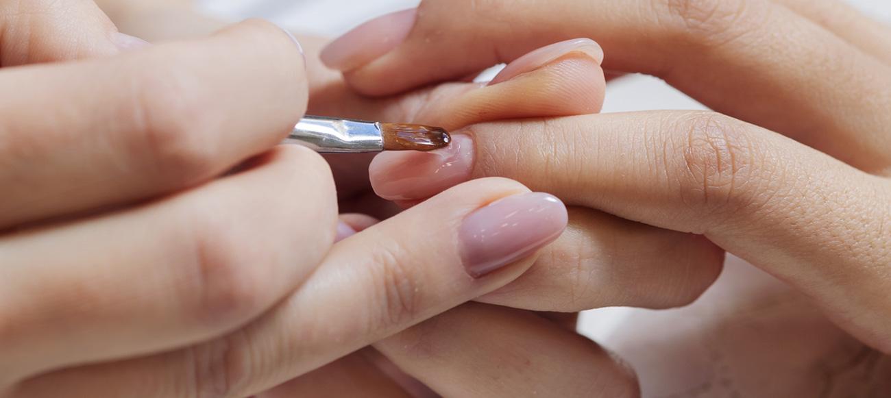 mantenere salute delle unghie